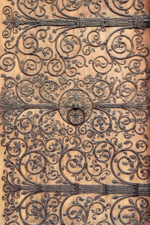 Cathédrale Notre Dame doors.