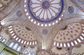 Sultan Ahmed Cami (Blue Mosque).