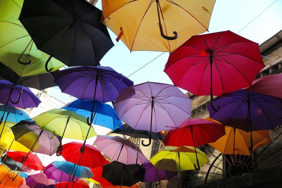 karakoy-istanbul-umbrellas