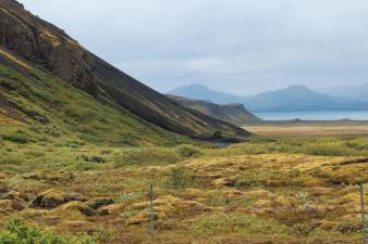 Reyðarbarmur Mountain.
